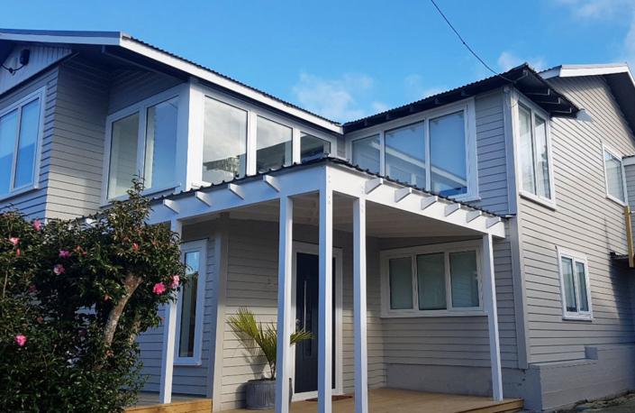 Red-Owl-grey-2-storey-house